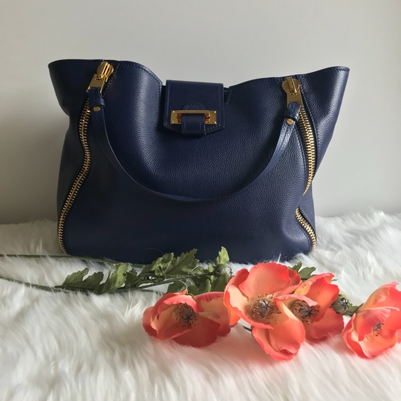 3b1fcf442dc1 Tom Ford Sedgwick tote double zip in Cobalt. M 5a517464a44dbe56b1031015